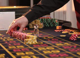 croupier place jeton casino show en ligne